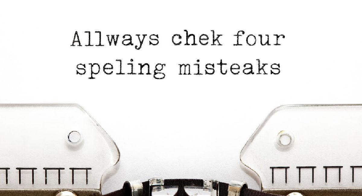 Spelkling mistakes on a typewriter